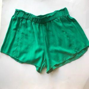 Kelly green boho shorts